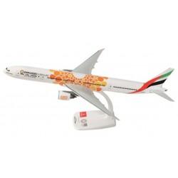 "B777-300ER( Emirates""Expo 2020 Dubai UAE, Orange"")A6-EPO 1:200"